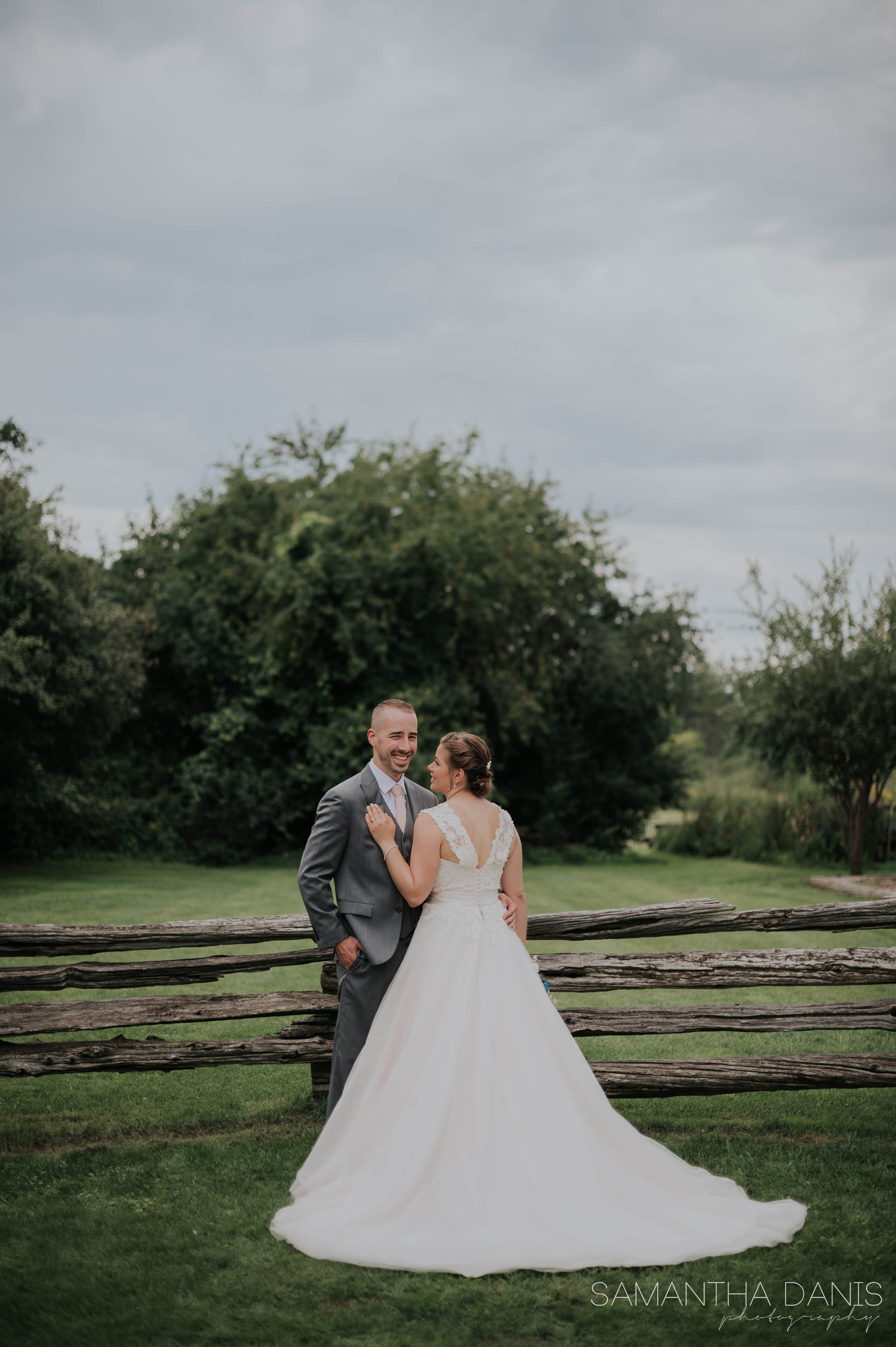 Ottawa wedding Samantha Danis Photography Lonestar Ranch