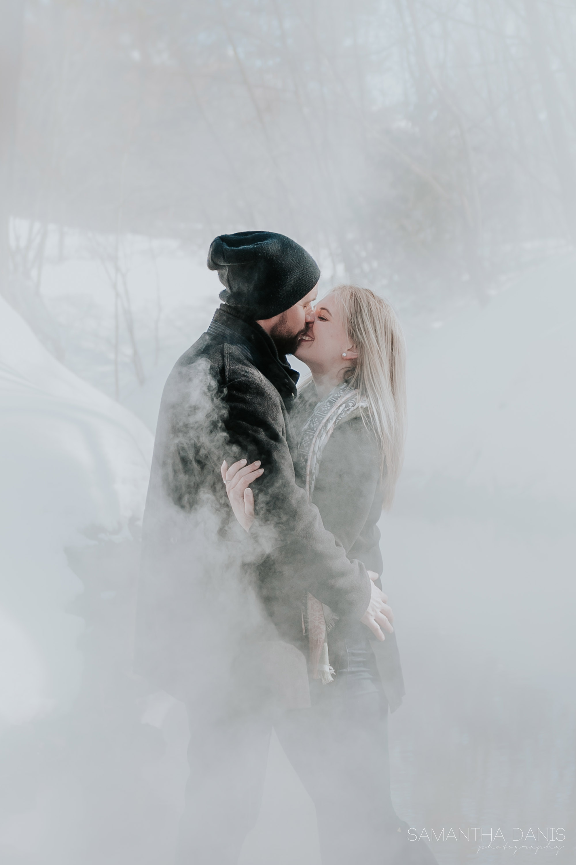 ottawa winter engagement samantha danis photography ottawa photographer