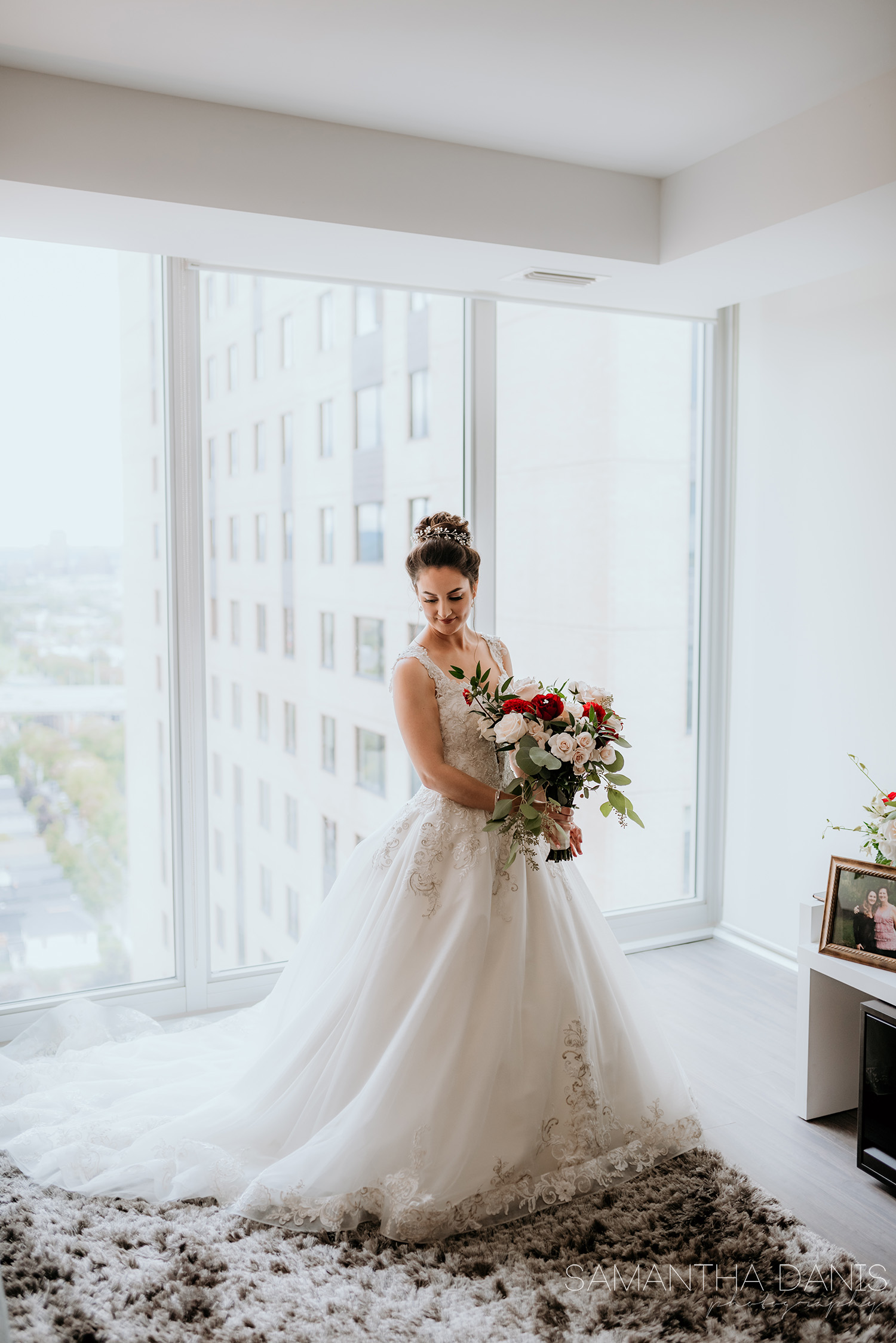 ottawa wedding photographer italian disney wedding samantha danis photography soho champagne