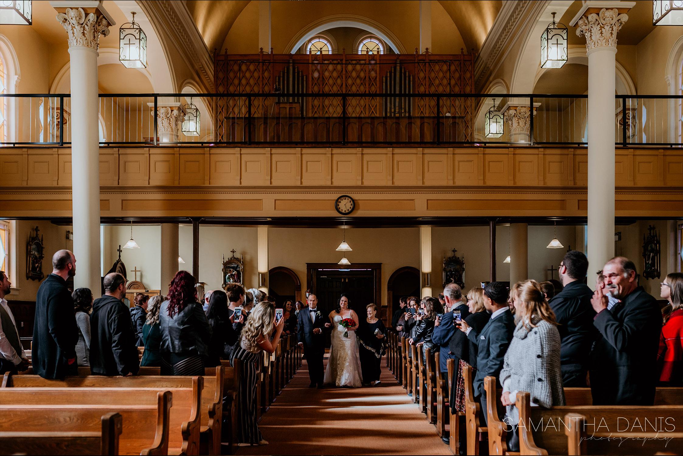church ceremony fort coulonge quebec wedding photographer