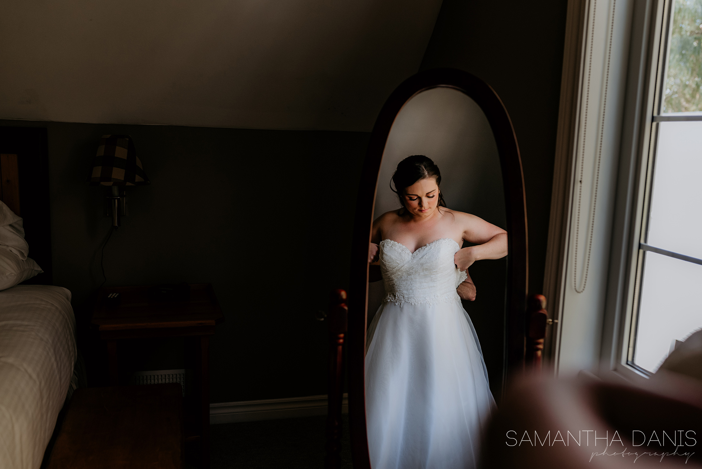 Strathmere wedding the lodge ottawa wedding photographer samantha danis photography